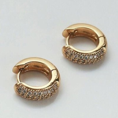 Wanderlust+co 澳洲品牌 簡約鑲鑽耳環 金色小圓耳環 立體厚版設計 Classic Pave