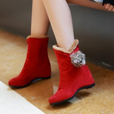 yes99buy加盟-2015秋冬魅力新款~韓味한 맛可愛女孩毛絨小球短靴(內增高)   預購7天+現貨