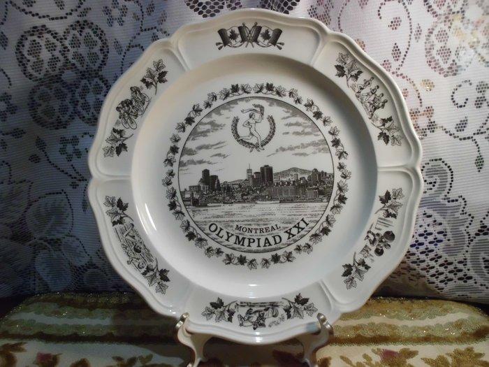 歐洲古物時尚雜貨  英國 WEDGWOOD 奧林匹克圓盤 花邊 擺飾品 古董收藏