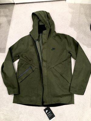 超特價美國 Nike sportswear tech fleece repel windrunner 軍綠外套 sz:M