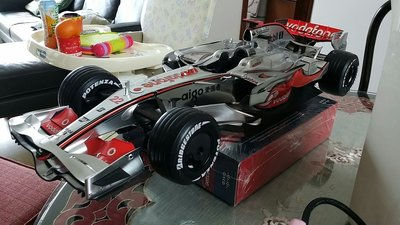 1:8 McLaren MP4-23 Lewis Hamilton 1st championship F1 car