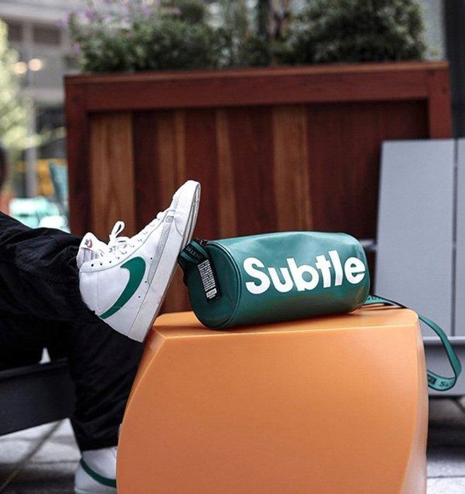 潮牌Subtle KRUIS城市包(單肩包) 時尚有型.遊走城市率性而行 圓桶包 帥氣破表-仙人掌綠