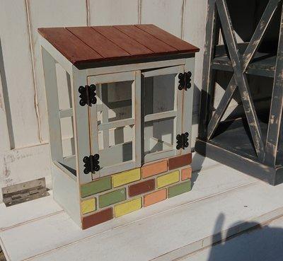 zakka糖果臘腸鄉村雜貨坊      木作類...Venus 屋簷磚片盆栽架(乾燥花不雕花兒童玩具角色扮演化妝舞會