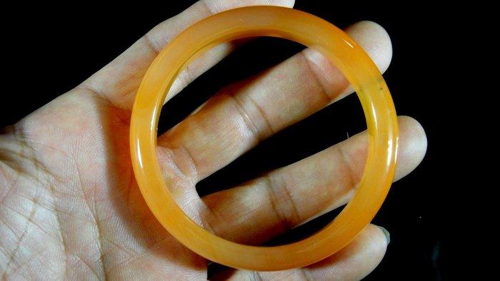 [福田工藝]天然瑪瑙玉鐲/手鐲/手環/內徑6cm外徑7.5cm手圍:19.5[瑪鐲18]