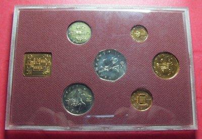 【鑒 寶】(世界各國錢幣)G G G- 英國 1979年 6枚 精製 · 精裝 套幣 ,無外紙包裝。G G G BTG1346