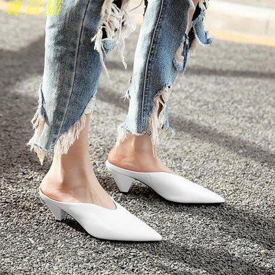 歐洲站異形跟尖頭拖鞋時尚穆勒鞋真皮女鞋中跟半拖鞋外穿單鞋顯瘦
