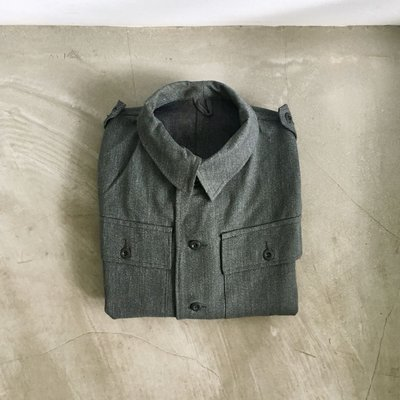 瑞士公發 60S Army work Denim shirt 厚磅純棉 斜紋牛仔布 鐵釦 三口袋 工作襯衫外套 古著