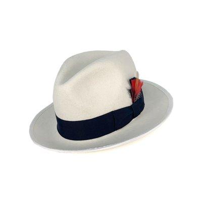 ☆Yango Wu☆ 紳士帽-大帽沿三凹款 白色黑緞帶款 紳士帽 羽毛  編號:006810