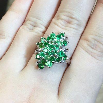 【凱兒寶石】天然沙佛萊戒指 27顆沙佛萊 佛心價 綠寶石 27顆天然色澤 美艷大方霸氣 國際戒圍14號 免費改尺寸一次唷