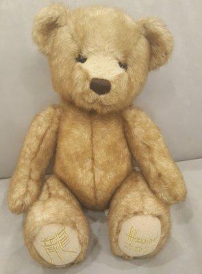 絕版品~英國倫敦百年泰迪熊Teddy Harrods 哈洛斯 龍年限定版2011年  Freddie~佛萊迪 衣服不見了