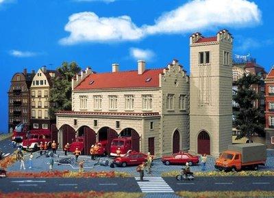 傑仲 (有發票) 博蘭 公司貨 VOLLMER 場景組 Old Fire Station 43776 HO