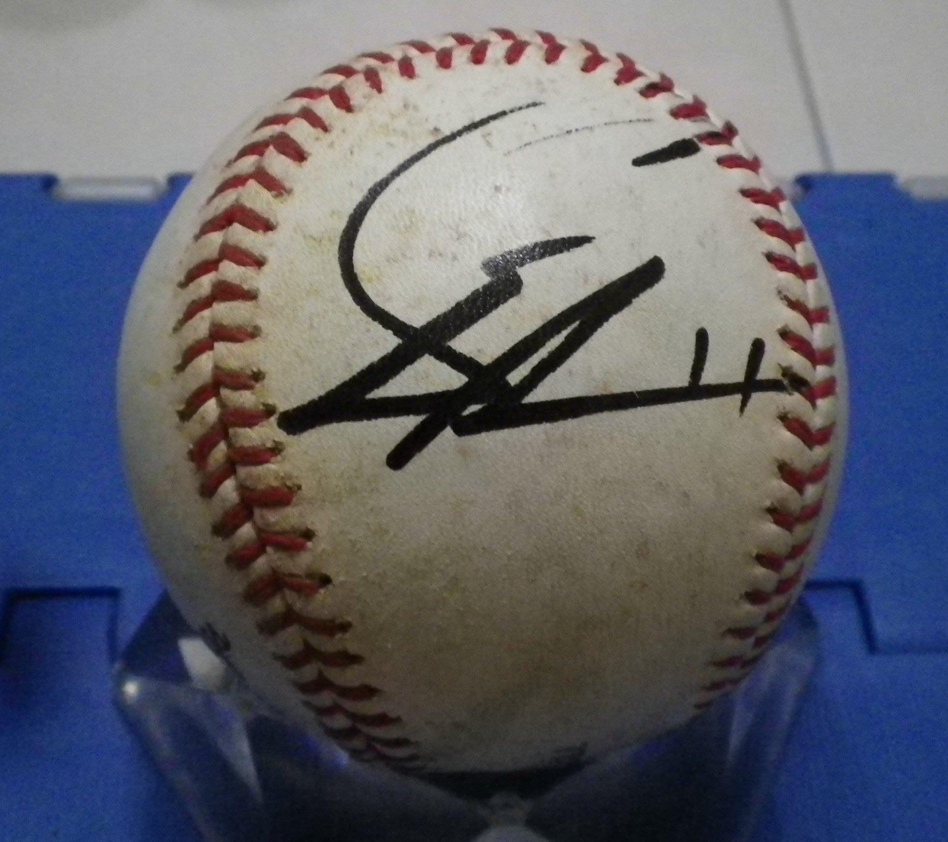 棒球天地---5折賠錢出清--美國大聯盟遊騎兵 達比修有 簽名實戰球.字跡漂亮