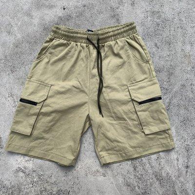 【inSAne】韓國購入 / 拉鍊 / 工裝 / 口袋 / 短褲 / 單一尺寸 / 綠色 & 黑色