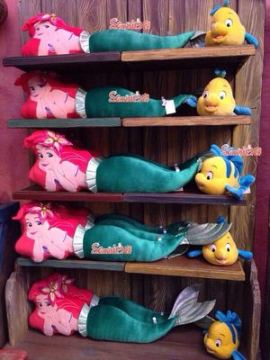東京家族 迪士尼樂園限定 長形美人魚娃娃絨毛抱枕 現貨當天可寄