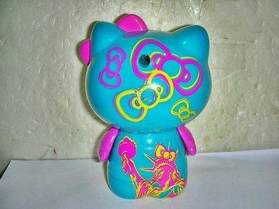 aaT.(企業寶寶玩偶娃娃)2010年麥當勞發行摩登紐約Hello Kitty 凱蒂貓公仔!-有自由女神的圖案!