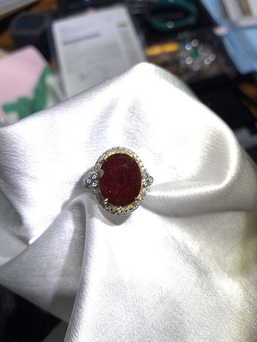 《玉殿》10.56克拉無燒緬甸紅寶石戒指