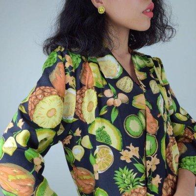 光用看的就有美容效果 視覺吸收 鳳梨 奇異果 櫻桃 柳丁 水果印花 斜襟 古著襯衫 復古襯衫 Vintage