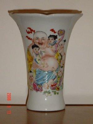 ~超低價~彌勒財神彩繪(五子登科)瓷器花架造型!低價售出只要55一元起!下標就賣喔!