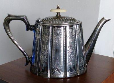 198 高級英國維多利亞鍍銀壺 antique silver plate etched tea pot