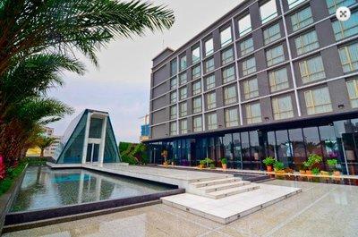 @瑞寶旅遊@新竹芙洛麗大飯店【迷戀客房】標準雙人房*2張『含六福村門票』另有四人房2人價格