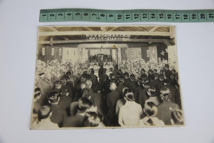 1015-回饋社會-特價品-日據時期-地方望族(陳張氏盡娘)原版大張-團體老照片-文獻收藏品(郵寄免運費-建