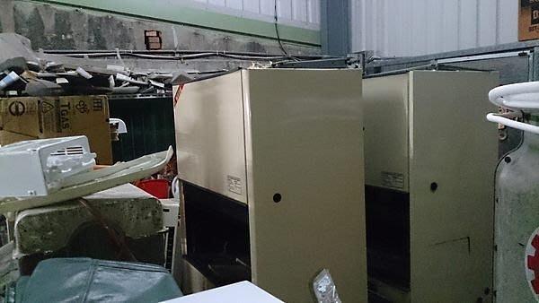 東元水冷式冷氣10噸   50000 八成新 保固