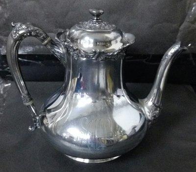 228 高級英國維多利亞鍍銀壺Antique Silver Plate Tea Pot (Reed & Barton )