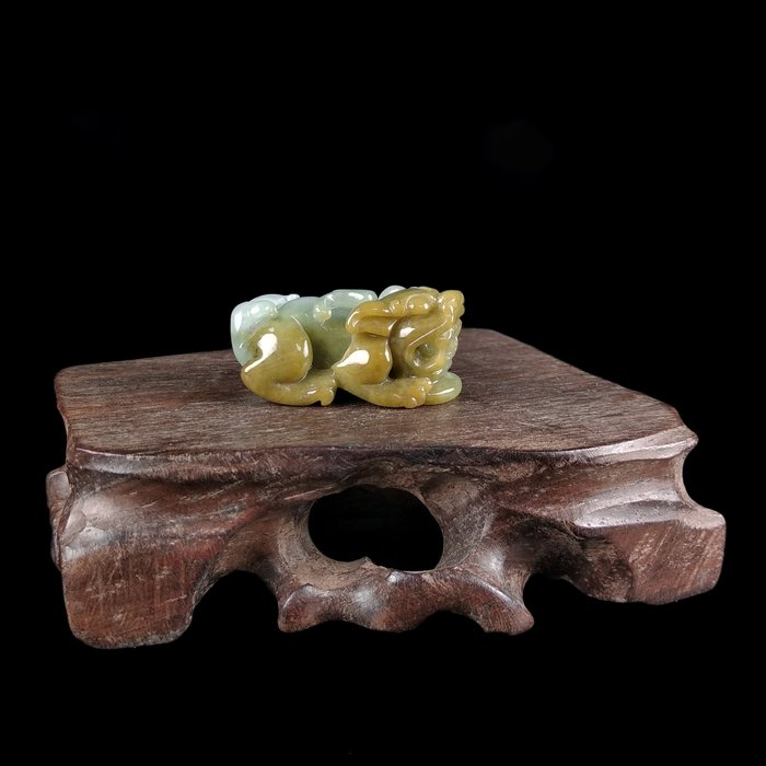 《博古珍藏》天然A貨緬甸玉黃翡【貔貅】翡翠項鍊玉墜子把玩.20公克.立體雕刻.水頭飽滿.超值回饋