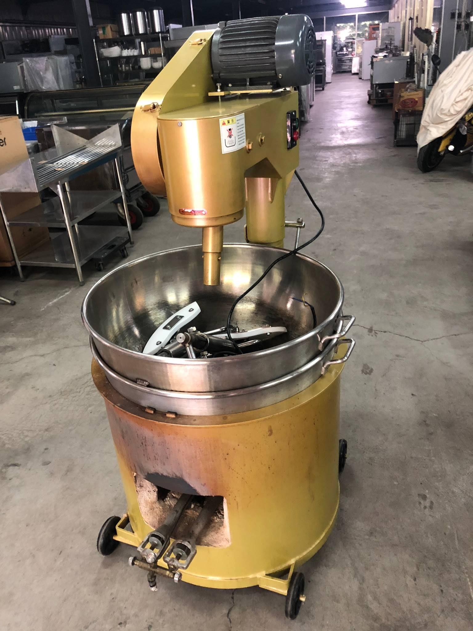 達慶餐飲設備 八里展示倉庫 二手商品 炒食機(二鍋二攪拌棒) 炒餡機 炒糖機 煮醬