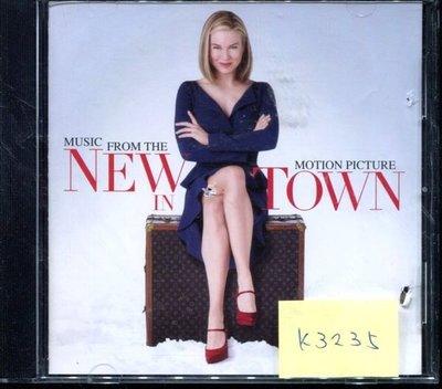 *真音樂* NEW TOWN 二手 K3235 (封面底破) (清倉.下標賣5)