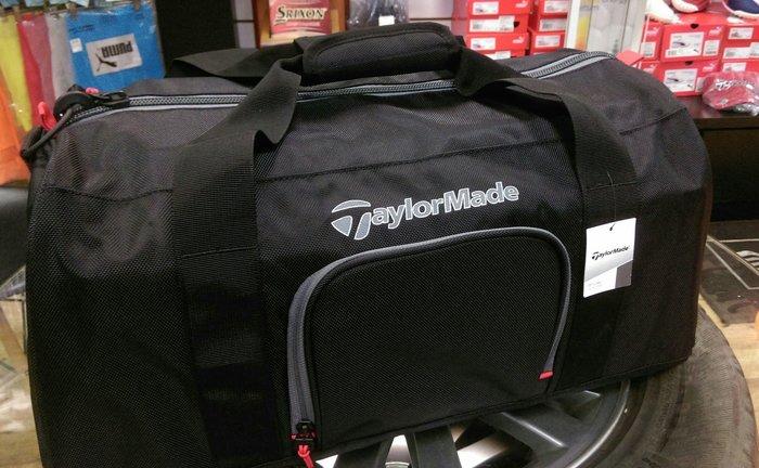 (6折出清)Taylormade Golf 多功能男士衣物袋 造型出眾 旅行必備
