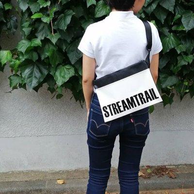 日本StreamTrail防水包~DOUBLE SUCKER單肩休閒包 可斜背也可與自行車結合成為車袋--浪花白