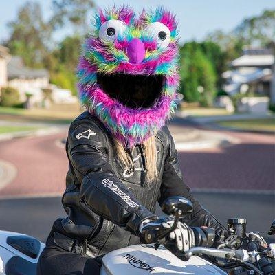 【丹】A_Moto Loot Helmet Cover 安全帽套 芝麻街 彩虹 長毛款
