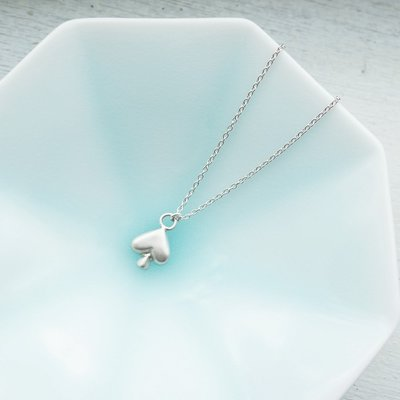 [ Cami Handicraft ] 紙牌的祕密 霧面黑桃短鏈 - 純銀款 手作飾品 簡約趣味造型 適合OL日常穿搭