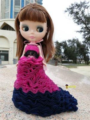10元競標~大人小孩情人生日禮物~桃紅深藍雙色兩件式歐式禮服適合穿於Blythe小布普利普珍妮等doll身上【魷魚格格】