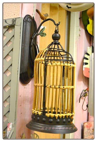 【【歐舍家飾】】鄉村復古藤編鳥籠掛壁式燭台 裝飾 民宿 餐廳 花園 服飾店