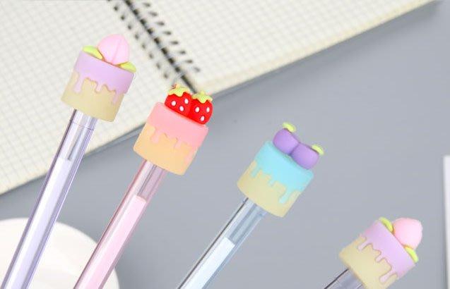 【夜市王】水果蛋糕造型透明筆桿 中性筆黑0.5mm水果蛋糕筆9元