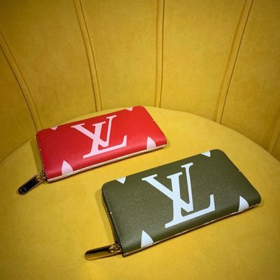 ✤寵愛Pamper for you✤LV Micro Pochette Accessories 拉鍊零錢長夾