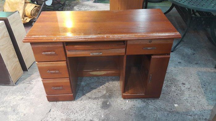 樂居二手傢俱 全新中古傢具賣場*E0722AJJE 半實木書桌*書桌 電腦桌 寫字桌 辦公桌 洽談桌 二手家具拍賣