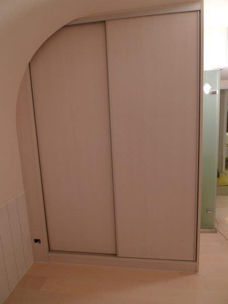 *美麗櫥*系統櫃-臥房左右推拉門衣櫃