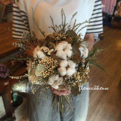 D25。大地色系棉花乾燥花捧花。拍照捧花。客製新娘捧花。台北自取【Flower&House花藝之家】