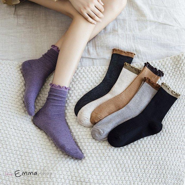 EmmaShop艾購物-正韓同步上新典雅拼色捲邊中筒襪