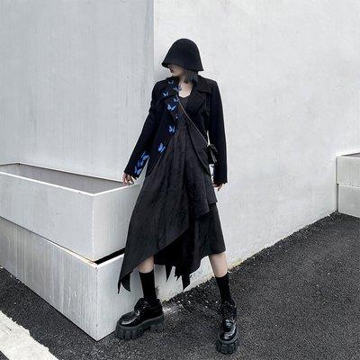 Dark.Q sky 不規程吊帶連身裙黑白2色