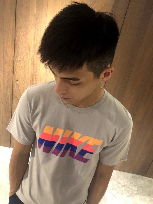 美國百分百【全新真品】Nike T恤 耐吉 短袖 T-shirt 運動 休閒 經典 logo 灰色 S號 J223