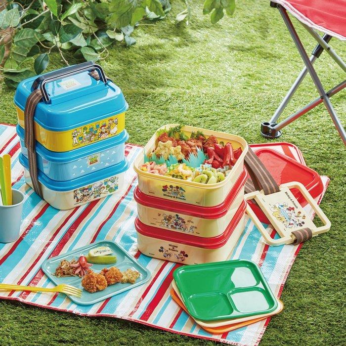 迪士尼DISNEY《預購》大容量三層便當盒/野餐盒~米奇 玩具總動員~日本正品~共2款~心心小舖