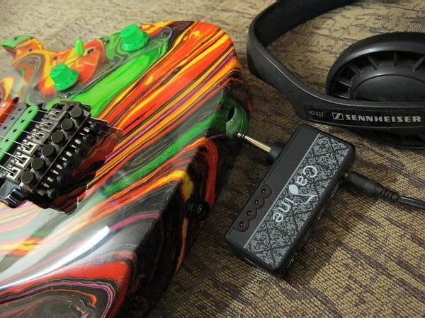 ☆ 唐尼樂器︵☆ Cadine 充電式內建破音電吉它/ Bass 電貝斯隨身音箱前級模擬 Mini Amp