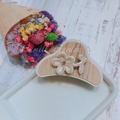 微奢華 香奈兒款 維多利亞 精緻 壓克力 塑質 立體花朵花瓣鯊魚夾 爪夾 抓夾髮夾髮飾【KS36】 台中市
