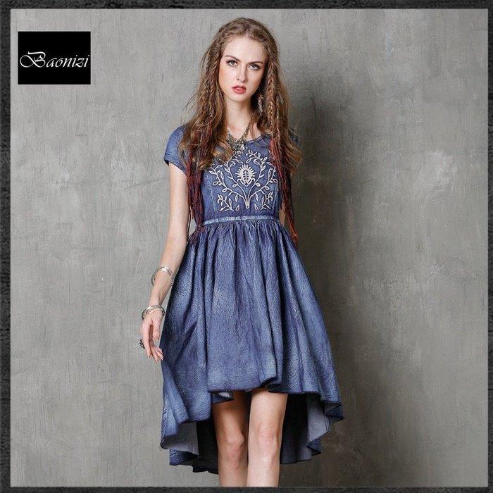 《現貨免運》波西米亞不規則牛仔裙 復古刺繡抽繩短袖牛仔洋裝 連身裙  A8161 Baonizi【寶妮子】