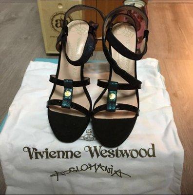 vivienne Westwood 黑色高跟鞋