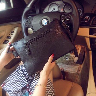 手拿包 錢包 手抓包 手拿包韓版潮流時尚手包個性單肩包斜挎包潮男休閑數字包新款背包